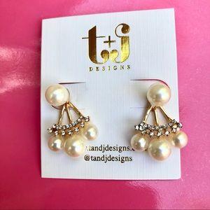 Pearl & Crystal Ear Jacket (Back/Front) Earrings